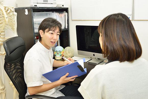 当院の特徴は、腰痛改善プログラムを作成してくれるところ
